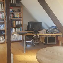 Büro Sharing – komplett eingerichteter Arbeitsplatz in der Bonner Altstadt ab sofort zu vermieten